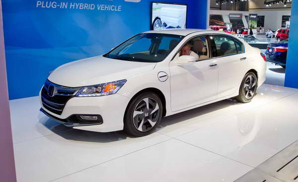 honda accord plug in hybrid 2014. Black Bedroom Furniture Sets. Home Design Ideas