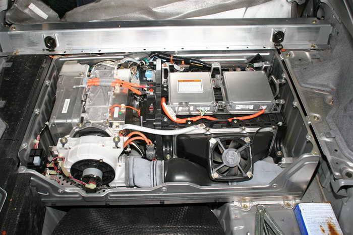 Honda Insight батареи
